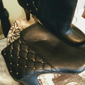 Express Inc. booties, size 9